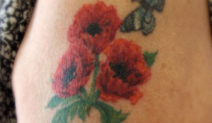 Poppy Tattoo by Naomi Hoang, NAOHOA Luxury Bespoke Tattoos, Cardiff, Wales (UK).